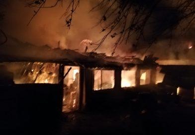 Locuință distrusă de flăcări în comuna Vîrtoape